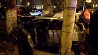 Șoferul și pasagera au fost răniți în urma accidentului. FOTO SAJ Constanța