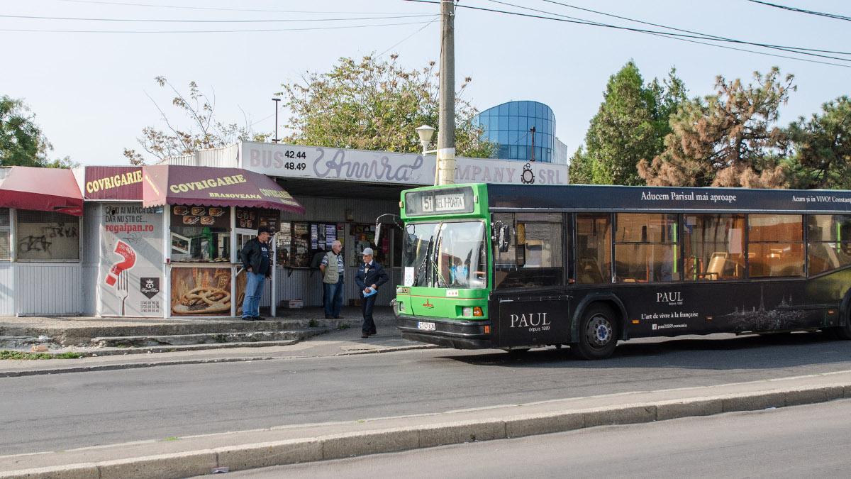 Autobuz RATC in statie (2)
