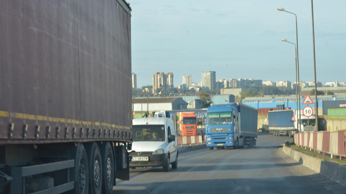 Camioane in POrt Constanta