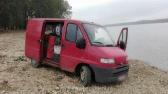 Motorina de contrabandă, mașina și ambarcațiunea au fost confiscate de polițiștii de frontieră. FOTO Poliția de Frontieră