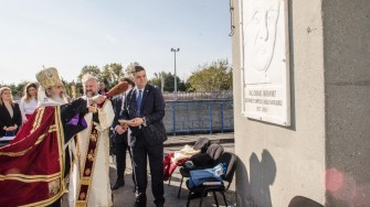 Placa In memoriam - ing. Chiriac Avădanei a fost sfințită de IPS Teodosie. FOTO Cătălin Schipor