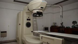 Aparatul de radiocobaltoterapie a fost scos din uz de mult timp. FOTO Cătălin Schipor