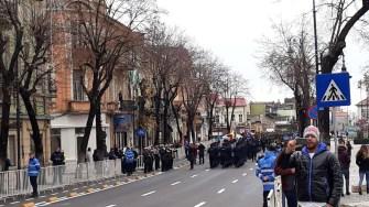 Militarii au defilat pe bulevardul Tomis