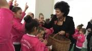 Cadouri pentru copiii din Cumpăna. FOTO CTnews.ro
