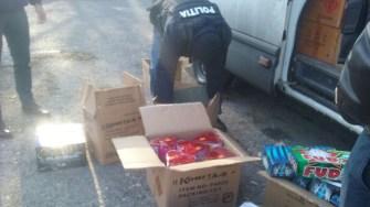 Polițiștii constănțeni au confiscat aproape 4 tone de artificii și petarde. FOTO CTnews.ro