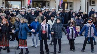 Cu mic cu mare, constănțenii s-au prins în Hora Unirii. FOTO Cătălin Schipor