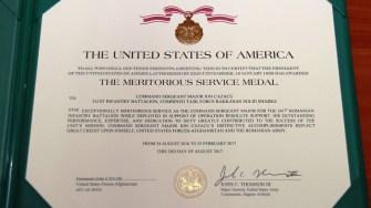 """The Meritorious Service Medal"""", una dintre cele mai importante distincții ale Armatei Statelor Unite. FOTO MAPN/Gheorghe Gabără"""