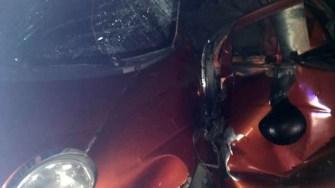În urma impactlui, șoferul Matiz-ului a fost grav rănit. FOTO SAJ Constanța