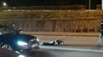 Mașina a intrat cu viteză în pietonii care treceau strada regulamentar.