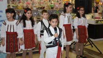 Copiii din centrele de plasament ale DGASPC Constanța au susținut un scurt moment artisitc