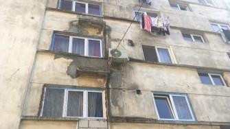 Blocuri care nu au fost reabilitate încă în Cernavodă. FOTO CTnews