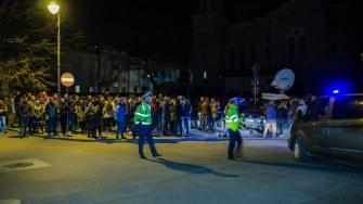 Polițiștii au dirijat circulația în zona Arhiepiscopiei. FOTO Cătălin Schipor