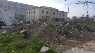 O nouă zonă a fost curățată de angajații Polaris cu ajutorul polițiștilor locali și a jandarmilor. FOTO DGPL Constanța