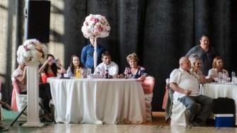 """Primarul George Scupra a urmărit îndeaproape evoluția perechilor la Concursului zonal de dans sportiv""""-Cupa Ovidiu – ediţia I"""