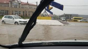 DN 39 a fost închis în Tuzla din cauza apei. FOTO DRDP Constanța