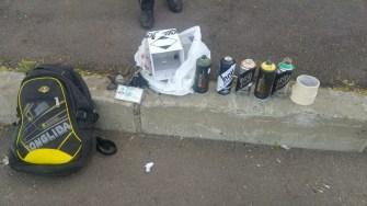 Polițiștii locali i-au sancționat pe tinerii prinși desenând grafitti. FOTO DGPL Constanța