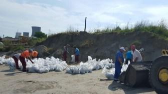 Au fost pregătiți saci cu nisip în caz de inundații. FOTO Primăria Constanța