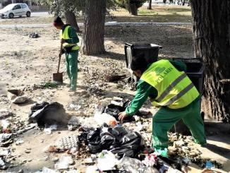"""Angajații Polaris M Holding participă la campania """"Curățăm Constanța Noastră"""""""