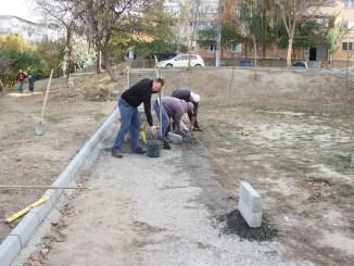 Lucrări de reabilitare în cartierul Columbia din Cernavodă. FOTO CTnews.ro