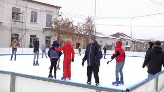 Patinoarul din Cernavodă. FOTO CTnews.ro