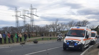 Echipajele medicale au intervenit la locul producerii accidentului. FOTO IPJ Constanța