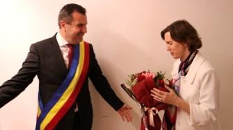 Abigail Rupp, adjunctul ambasadei SUA la București și Valentin Vrabie, primarul din Medgidia. FOTO Adrian Boioglu