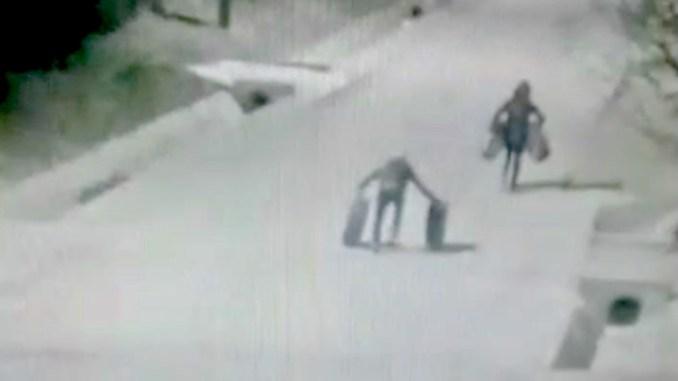Hoți de anvelope la Satu Nou, Constanța. FOTO Captură Video