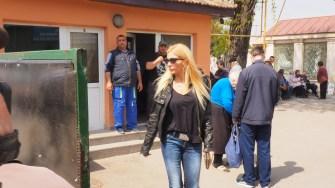 Prietena lui Răzvan Ciobanu, Laura Vicol a fost și ea prezentă la Constanța. FOTO Cătălin SCHIPOR