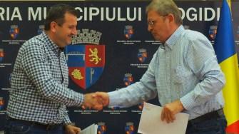 A fost semnat contractul pentru reabilitarea Spitalului Municipal Medgidia. FOTO Cătălin Schipor