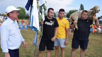 """A XII-a ediție a festivalul """"Conviețuire Interetnica pe Plaiuri Dobrogene"""" de la CUmpăna. FOTO Primăria Cumpăna"""