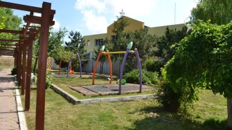 Loc de joacă în comuna Poarta Albă. FOTO Ctnews.ro