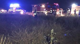 Scăpată de sub control, mașina s-a răsturnat de mai multe ori pe câmp. FOTO IPJ Constanța