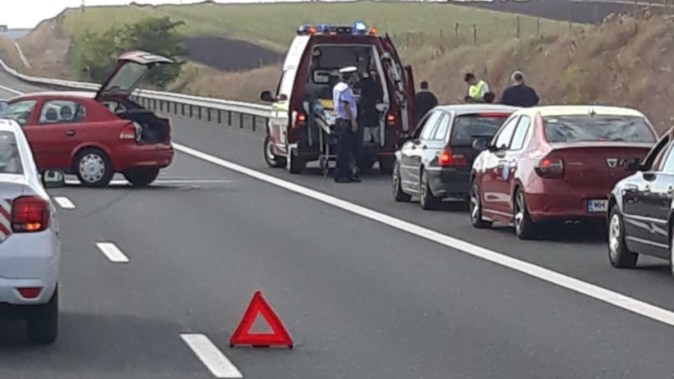 O persoană a fost rănită în urma unui accident în lanț. FOTO DRDP Constanța
