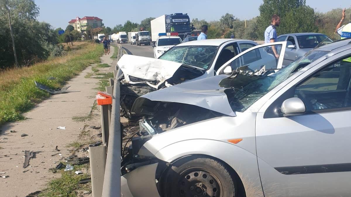 accident trei masini
