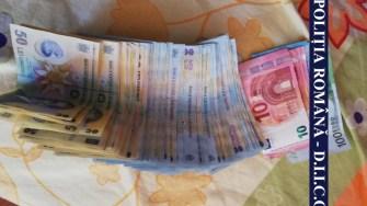Asupra suspectului a fost găsită o sumă mare de bani. FOTO IPJ Constanța