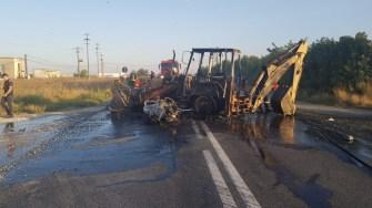Două persoane au decedat în urma impactului dintre motocicletă și buldoexcavator. FOTO SAJ Constanța
