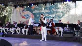 Spectacol la Sărbătoarea Tradițiilor și Meșteșugurilor Dobrogene. FOTO CTnews.ro