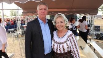 Primarul orașului Negru Vodă, Petre Urziceanu și Mioara Velicu. FOTO Adrian Boioglu