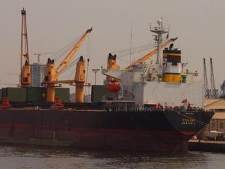 Nava Ptolemeos are probleme cu aprovizionarea. FOTO SLN