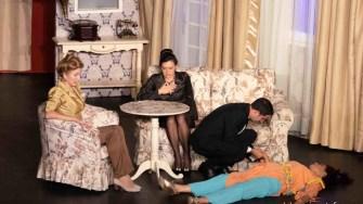 """Comedia """"Fantoma, dragostea mea!"""" este adusă de Teatrul Elisabeta la Casa de Cultură a Sindicatelor din Constanța. FOTO Teatrul Metropolis"""