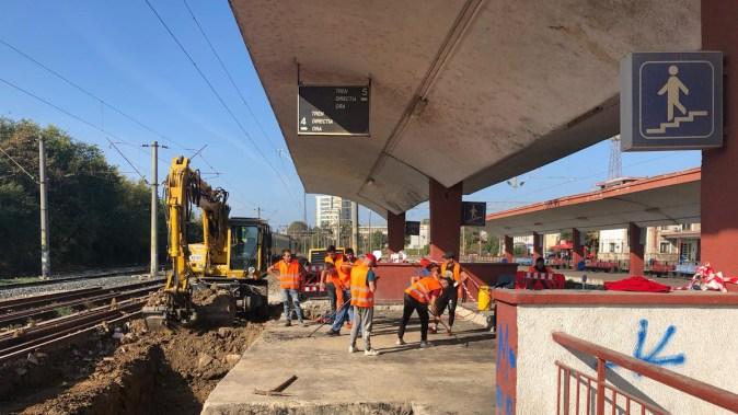 După îndelungi și nesperate așteptări, lucrările la pasajul pietonal din gara CFR Constanța au început. FOTO SRCF Constanța