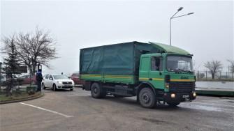 Camionul cu droguri a fost escortat de mascați. FOTO CTnews.ro