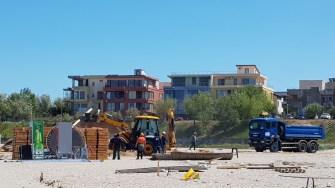 ABADL-ul continuă curățenia pe plajele din municipiul Constanța. FOTO ABADL