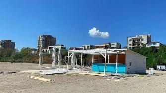 Inspectorii ABADL au verificat legalitatea construcțiilor de pe plajele din Constanța. FOTO Bogdan Bola
