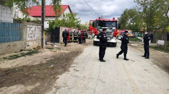 Forțele de ordine au facilitat intervenția pompierilor și cadrelor medicale. FOTO CTnews.ro
