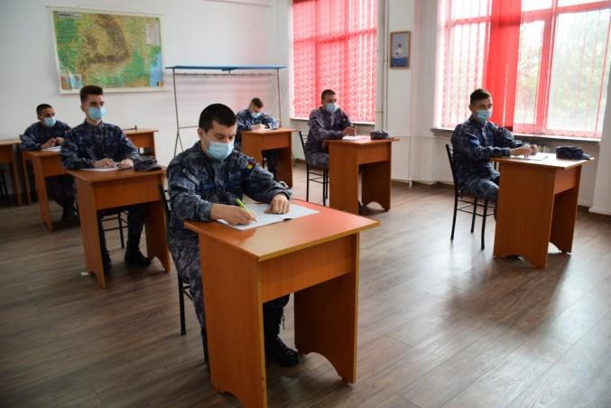 Elevii de la Școala Militară de Maiștri Militari a Forțelor Navale au revenit la școală. FOTO SMFN