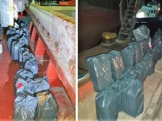 Țigări de contrabandă, descoperite în Portul Midia. FOTO Poliția de Frontieră