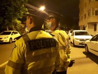 Acțiune a polițiștilor privind respectarea măsurilor de prevenire a răspândirii COVID-19