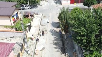 Primăria Cernavodă modernizează trotuarele.