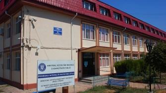 Mansardarea școlii din Hârșova. FOTO Paul Alexe